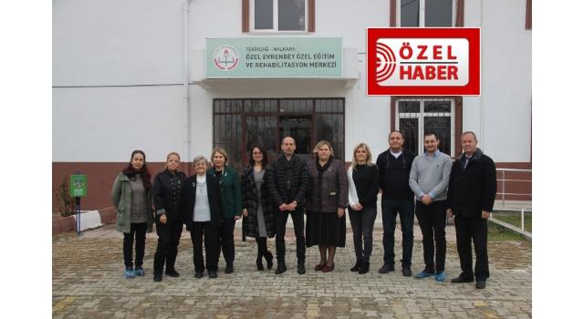 Zerrin Kahraman'dan Evrenbey Özel Eğitim ve Rehabilitasyon Merkezi'ne Anlamlı Bağış