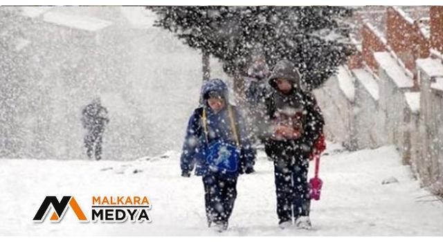 Malkara'da kar nedeniyle eğitime 1 gün daha ara verildi
