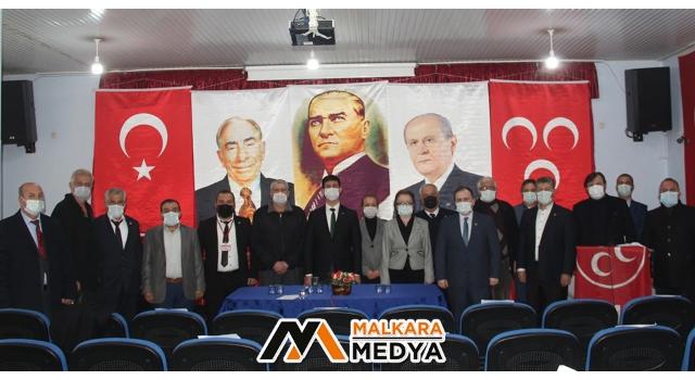 """MHP Malkara İlçe Başkanlığı'ndan """"Mahalle Temsilcilerine Beraat ve Rozet Takma Töreni"""""""